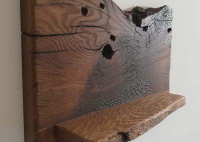 Ablagefach aus Altholz